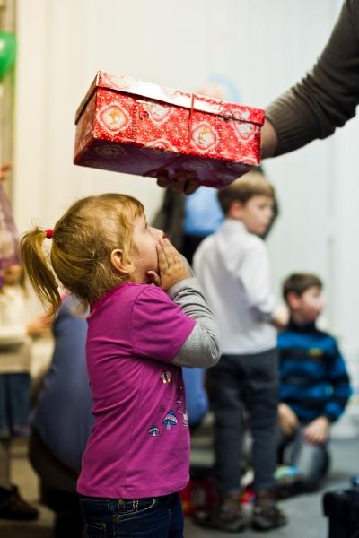 Weihnachten im Schuhkarton Verteilreise mit Geschenke der Hoffnung