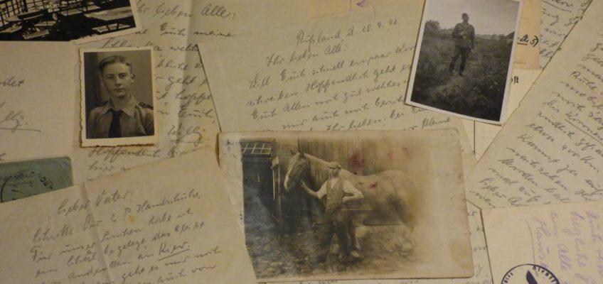 Handschriftliche Briefe mit drei alten Portraitfotos